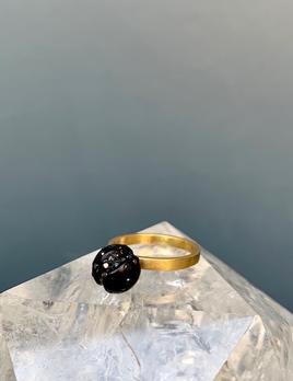 Jacqueline Cullen Jacqueline Cullen - Whitby Jet & Black Diamond 18ct Gold Sphere Ring.