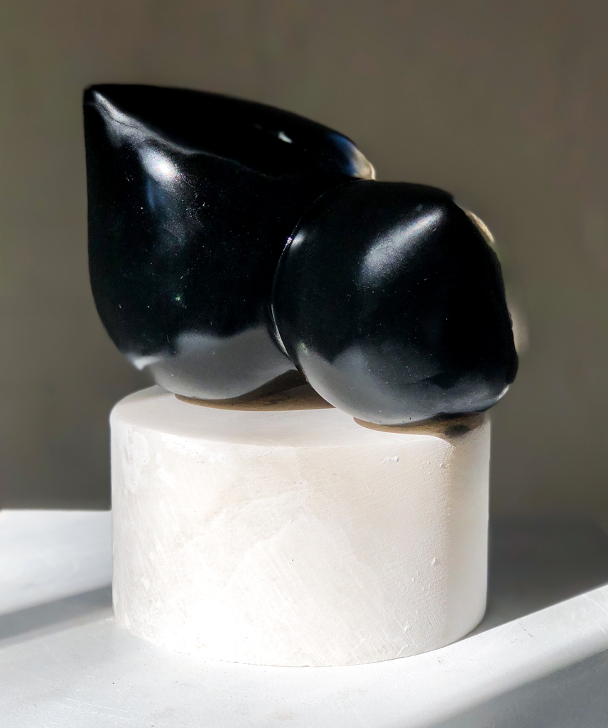 Bina (2018) - Carol Crawford Sculpture - (Black Stone) Chlorite on a Scaglione Alabaster Base - 21cm H x 18xm W x 16cm D - Australia