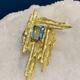 B.M.V.A. Vintage Brutalist 18ct Yellow Gold and Rectangular Step Cut Aquamarine Brooch - Aquamarine 1 = 4.42ct - c1970