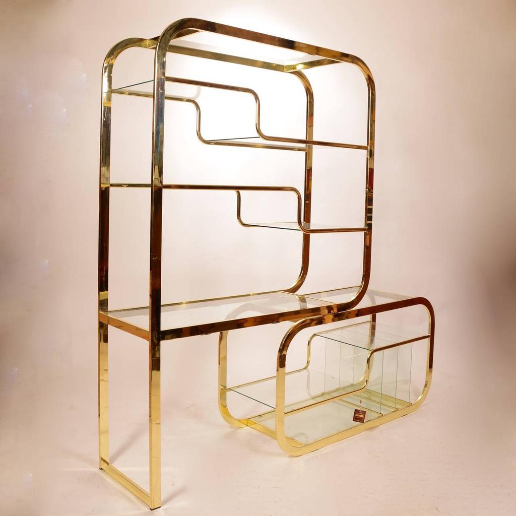 patina decor Vintage Mid Century Modern Brass Etagere - Glass Shelving - Milo Baughman for Morex - H 182.88 cm x W 121.92 cm x D 45.72 cm - Italy c1970