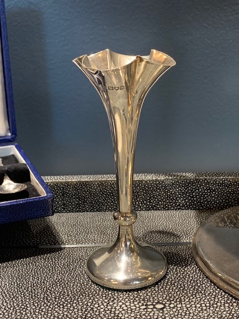 Vintage Silver Plate Bud Vase with Fluted Top - H12.5cm - Horace Woodward & Co, UK