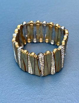 BECKER MINTY Vintage Gold Toned Textured Bracelet with Rhinestones -  Stretch - USA