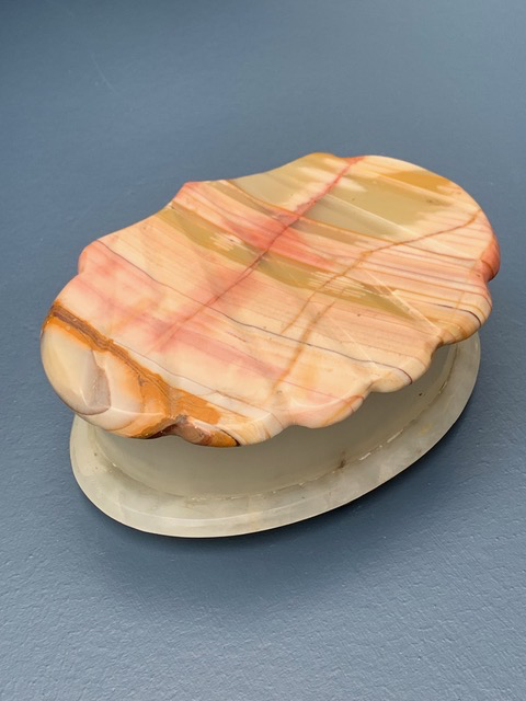BECKER MINTY Vintage Alabaster Shell Box - Hinged Lid - Italy c1970