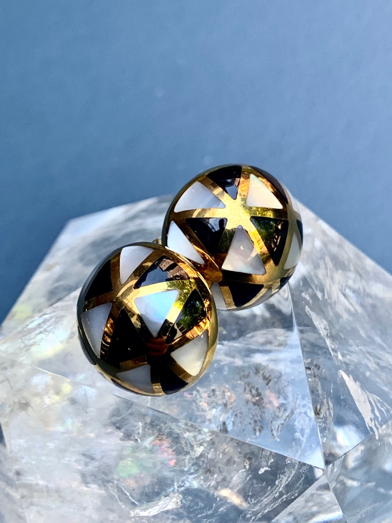 Grossbardt 14ct Yellow Gold Onyx & Mother of Pearl Button Earrings - c1980