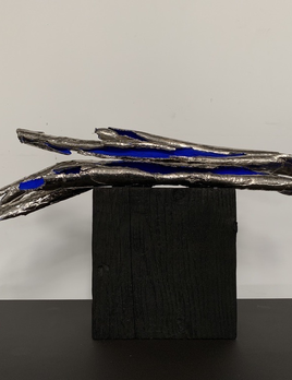 Thomas Bucich - Relic Bundle on Block Nickel electroplated bark, pigment, wood base 18 x 54 x 24 cm
