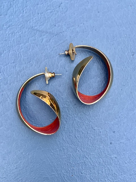 Vintage Gold Toned Coral Enamel Swirl Earrings