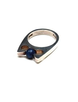 B.M.V.A. Solid Silver and Lapis Ring - Small Ring set with a Blue Lapis Ball. Uwe Helmuth Moltke, Moltke Jewellery - Humlebaek, Denmark c.1975 (Ring Size: L)