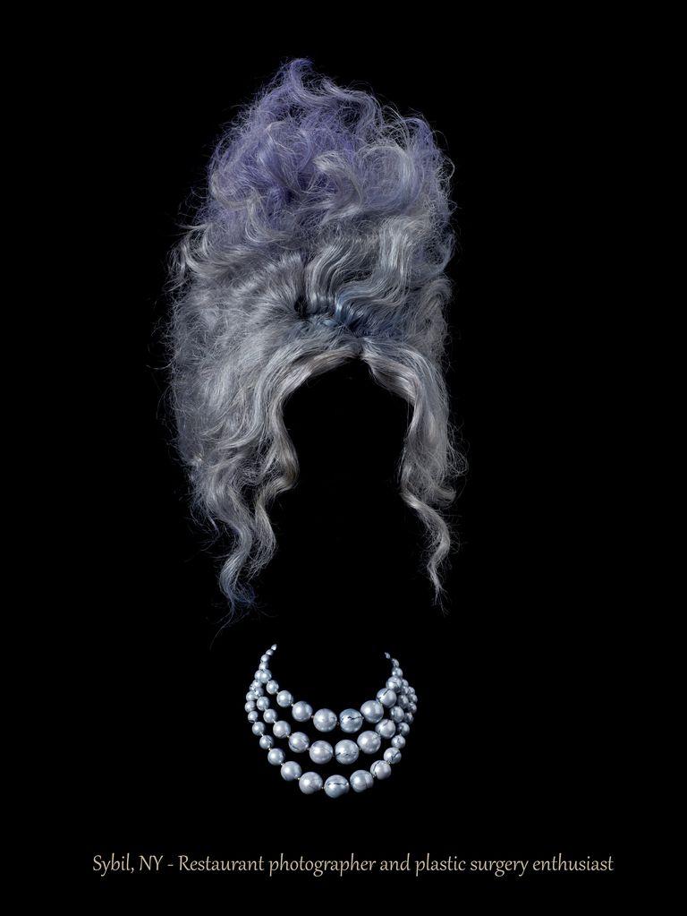 Juli Balla - Photograph - Persona non grata - Sybil, NY - Restaurant photographer and plastic surgery enthusiast - Pigment prints on cotton rag art paper - 100x133cm - Editions of 3