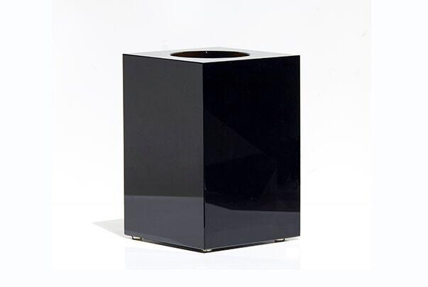 BECKER MINTY BECKER MINTY Cubik Collection - Extra Large Cuboid Vase -  Dark Topaz Crystal Glass - H20x14x14cm
