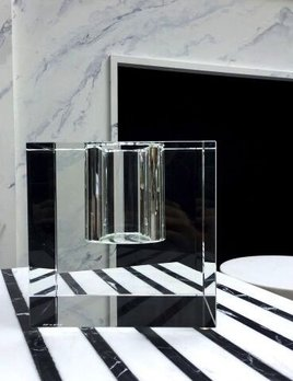 BECKER MINTY BECKER MINTY Cubik Collection - Extra Large Cube Vase - Crystal Glass - Clear - H18x18x18cm