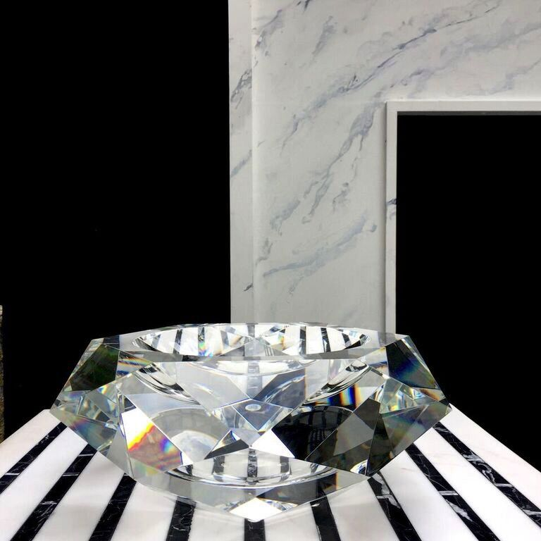 BECKER MINTY BECKER MINTY - Extra Large Faceted Bowl - Clear Crystal Glass - D33cm