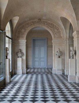 Felix Forest Photograph - (V12) Chateau de Versailles XII, 2015