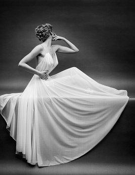Mark Shaw Photography - Vanity Fair - Left Arm Up