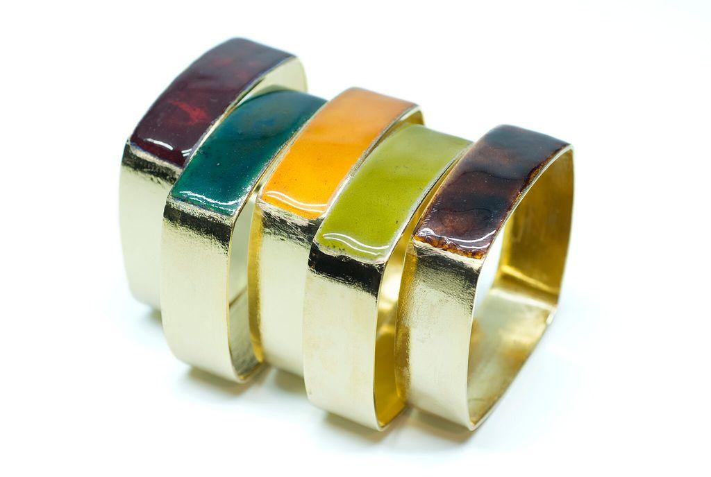 Alquimia Alquimia - Square Bracelet with Enamel - Gold plated copper - Assorted colours - 2cm - Handmade in Paris