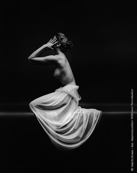 Mark Shaw Photography - Vanity Fair Nude Side