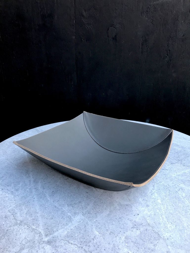 B.Home Interiors Rabitti - Lambda Large Bowl - Graphite Saddle Leather - 34x33x9cm