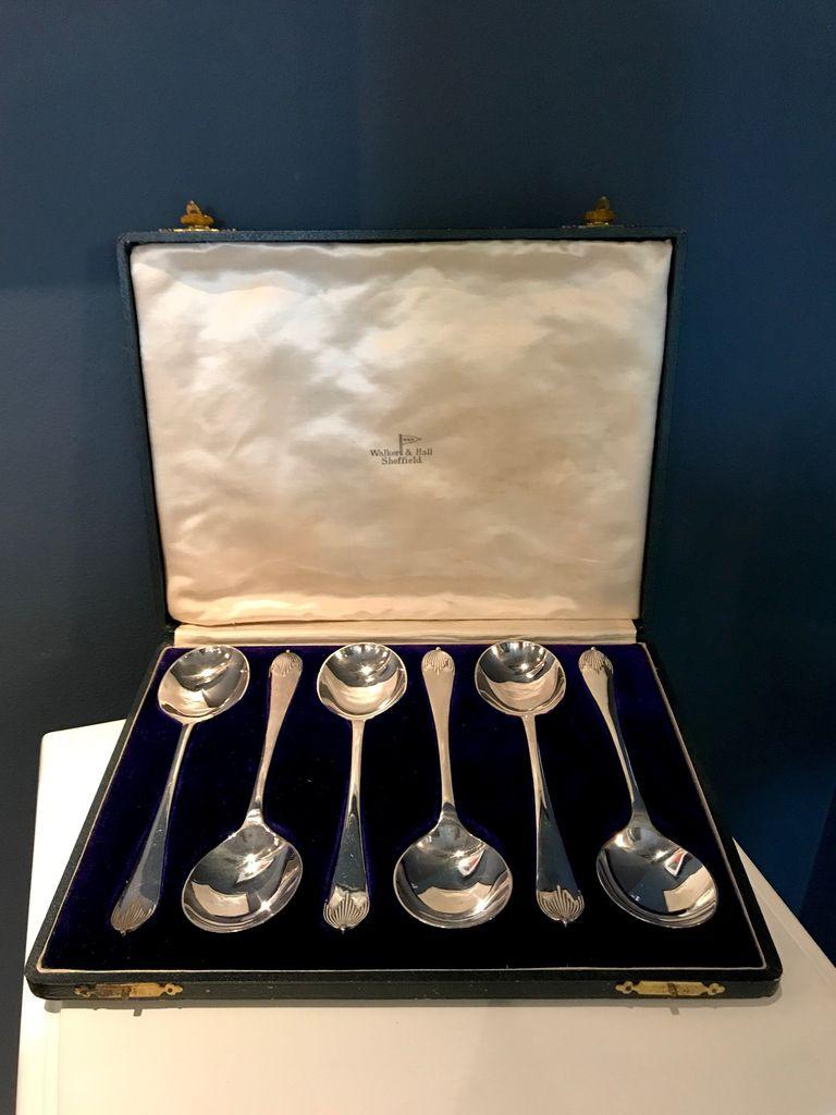 B.M.V.A. Vintage Set of Six EPNS Silver Serving Spoons - Walker & Hall - Original Box