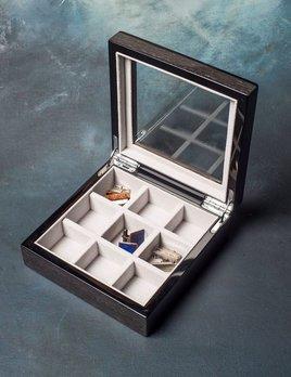 BECKER MINTY BECKER MINTY - Black Apricot Veneer Cufflink/Ring Box with Glass Lid.
