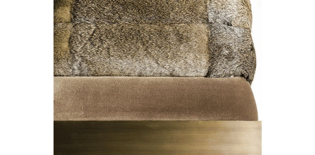 Dawn Bench - Velvet, Fur and Bronze - Custom Sizes and Material Available - Portugal