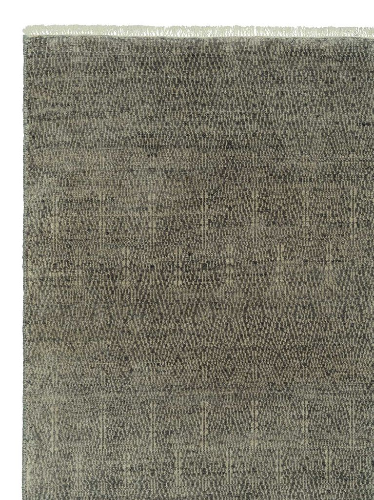 Armadillo & Co - PARAGON - Heirloom Collection - Wool - Shadow - 2.7x3.6m - Handmade in India Under Fair Trade Standards