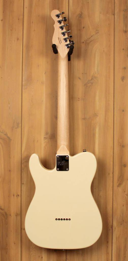 G&L Fullerton Standard ASAT Classic in Vintage White with Maple Fingerboard w/Gig Bag
