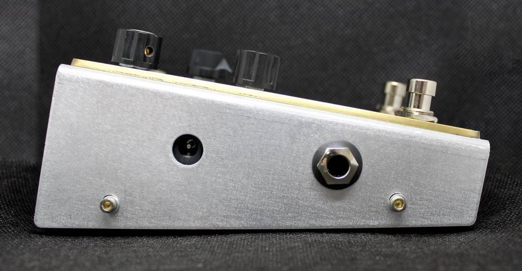 Beetronics Buzzter Boost/Preamp