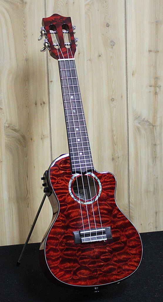Lanikai Lanikai Quilted Maple Red Stain Concert Acoustic/Electric Ukulele w/gig bag