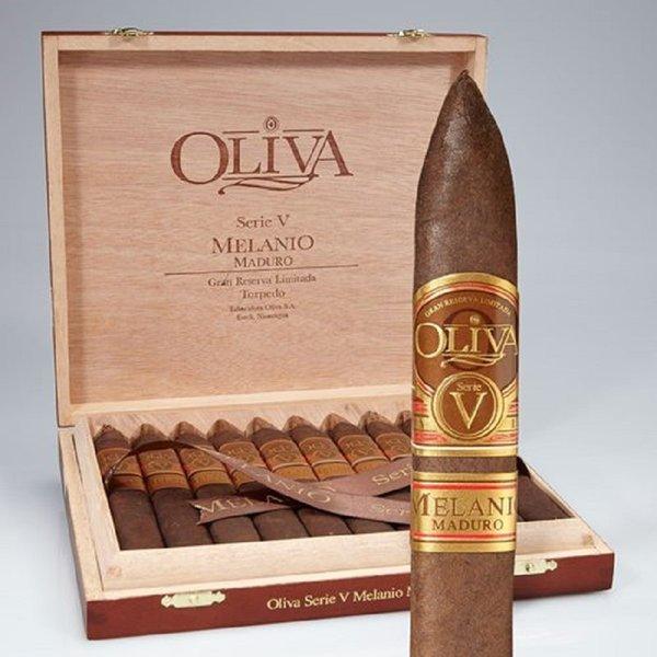 Oliva Oliva Serie V Melanio Maduro Figurado Box of 10
