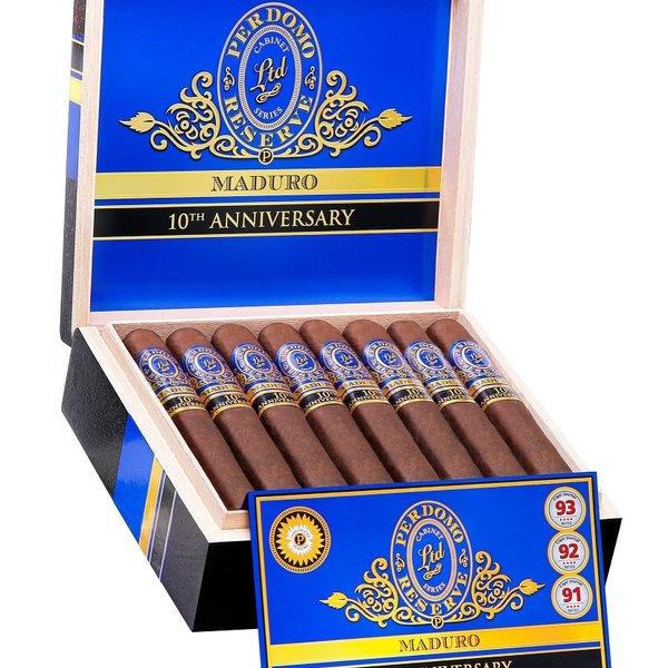 Perdomo Perdomo Reserve 10th Anniversary Maduro Super Toro Box of 25