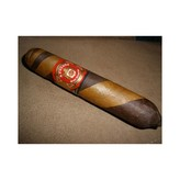 JC Newman/ Fuente Arturo Fuente Gran Reserva Hemingway Between the Lines