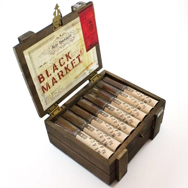 Alec Bradley Alec Bradley Black Market Robusto Box of 22