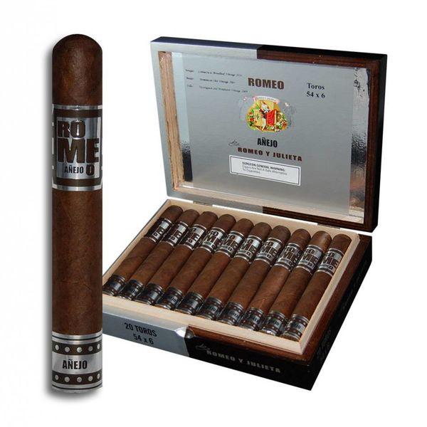 Romeo y Julieta Romeo y Julieta Romeo Anejo Toro Box of 20 Cigars