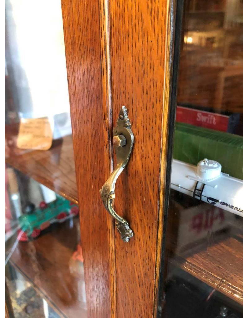 Cabinet - Oak, Antique, china/curio cabinet
