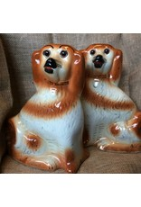 Figurine - pair of Staffordshire style mantle dogs