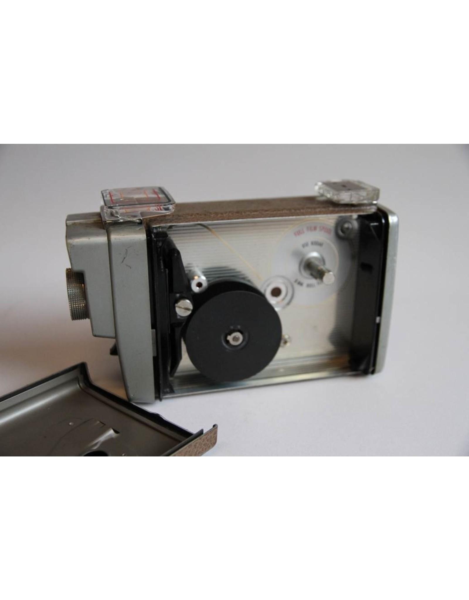 Camera - Brownie Movie Automatic 8mm F. 2.3 works
