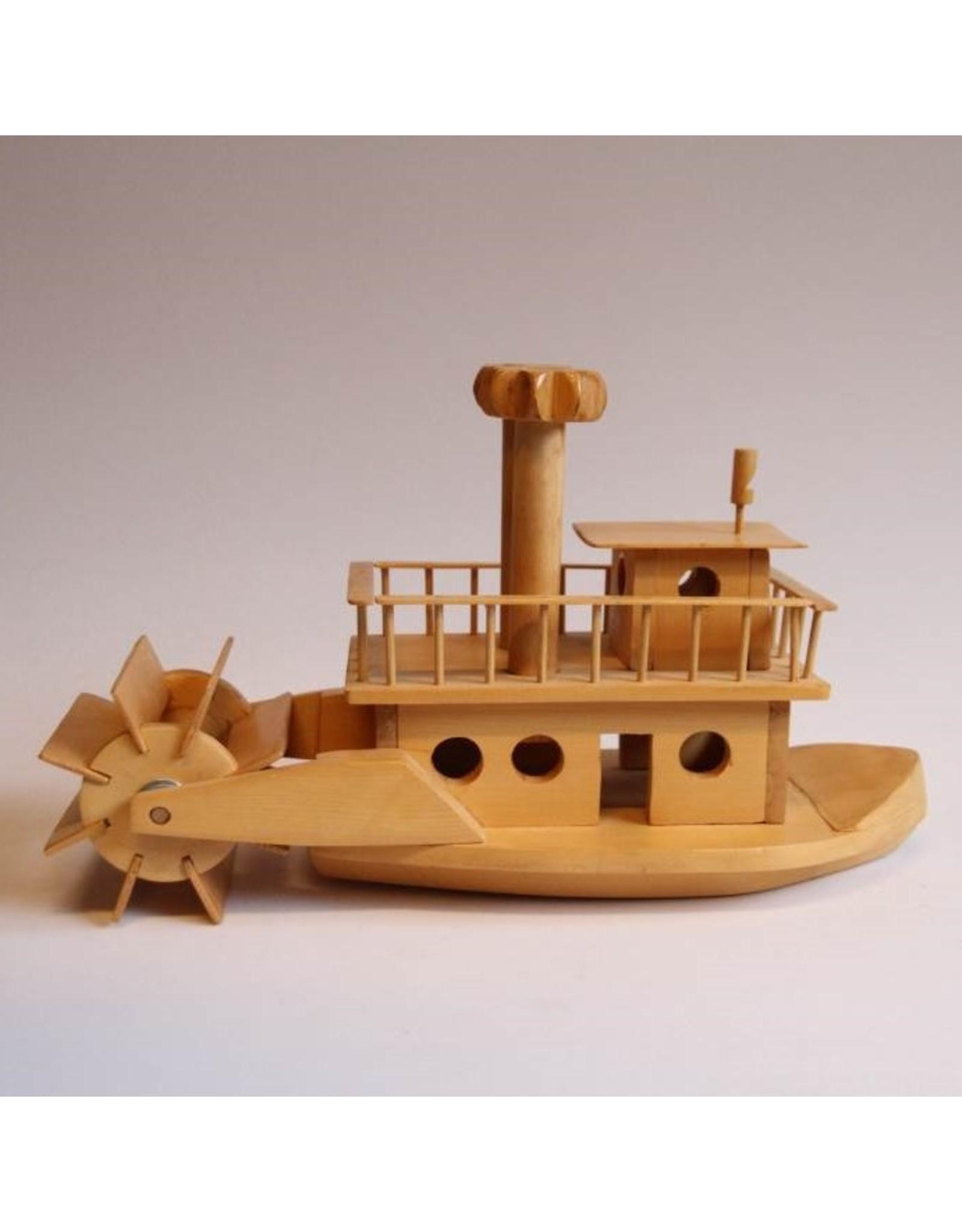 Paddle wheeler - folk art