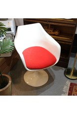 Tub chair - midcentury molded fiberglass white red cushion