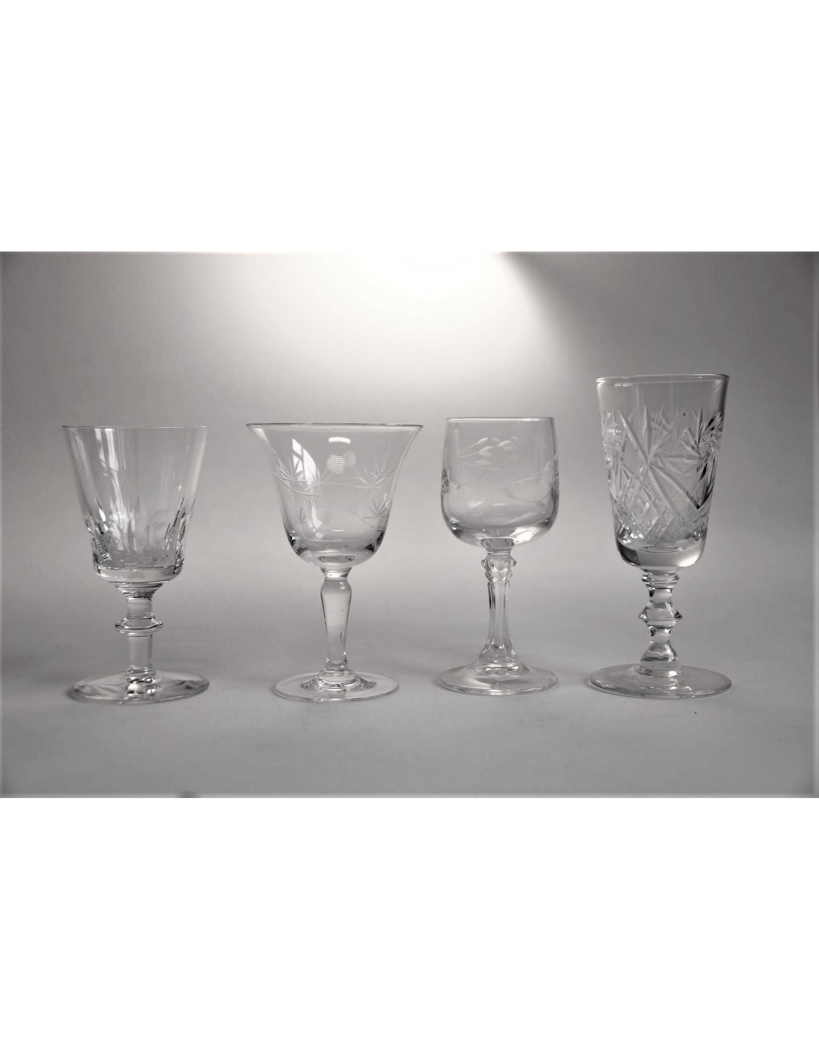Glasses - assorted sipper sized wine and liqueur glasses