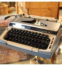 Vintage Eaton Viking portable typewriter