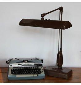 Vintage Dazor drafting lamp