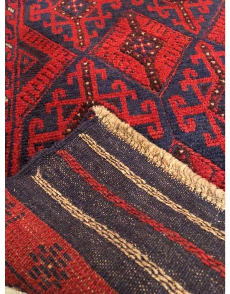 Tribal patterned carpet runner