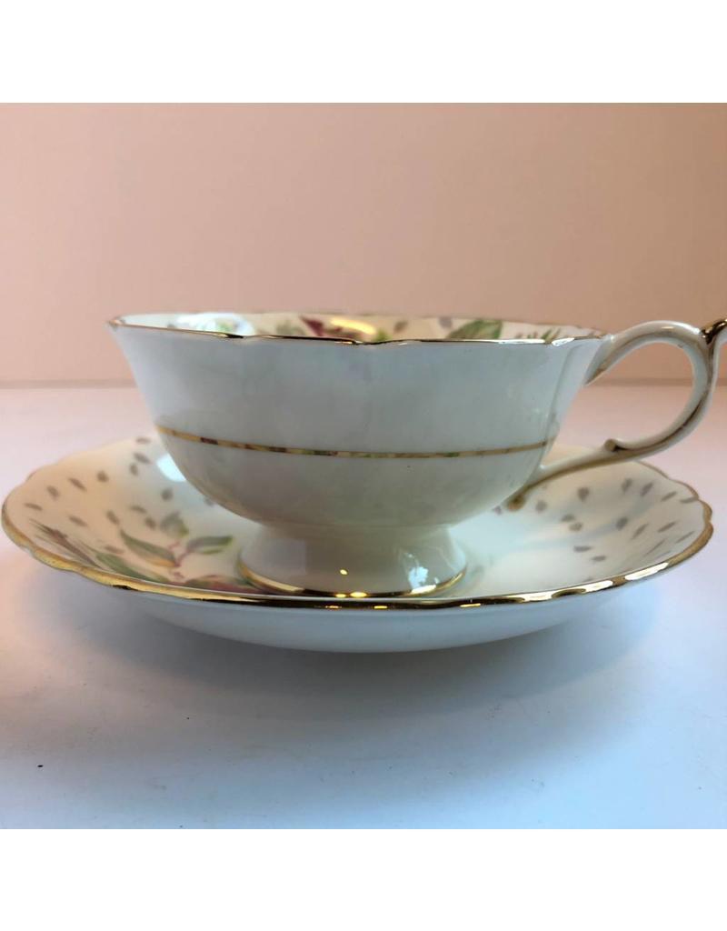 Paragon Golden Emblem Cup & saucer - vintage bone china