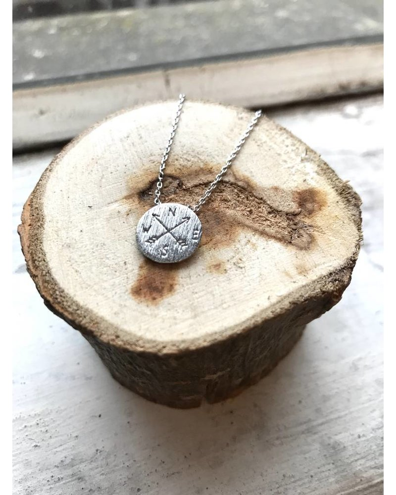 Dainty Compass Necklace Silver