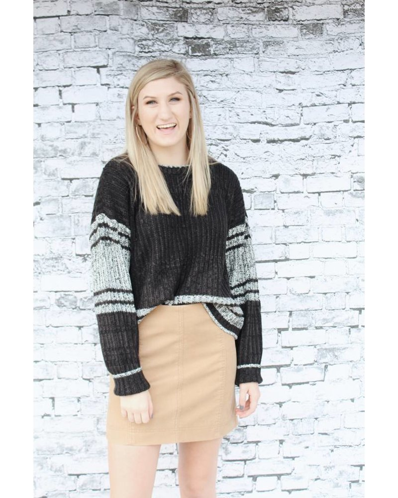 Hem & Thread Edgy Black Stripe Sweater 6142