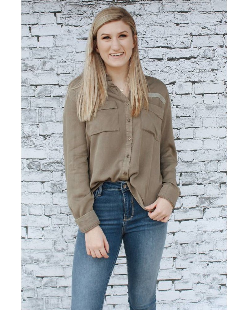 Hem & Thread Olive Military Button-up 5895H