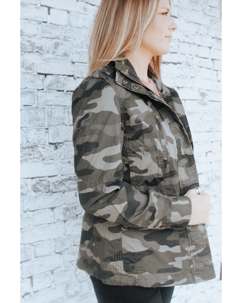 Trend:notes Cami Camo Utlilty Jacket