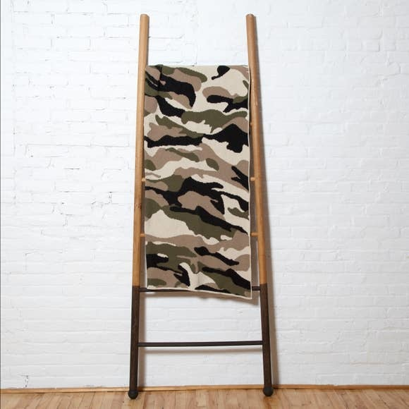 in2green in2green Camouflage (Flax/Black/Loden) Throw