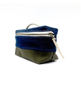 Bittle & Burley Bittle & Burley Toiletry Bag (Drk Blue/Green) (SALE50)