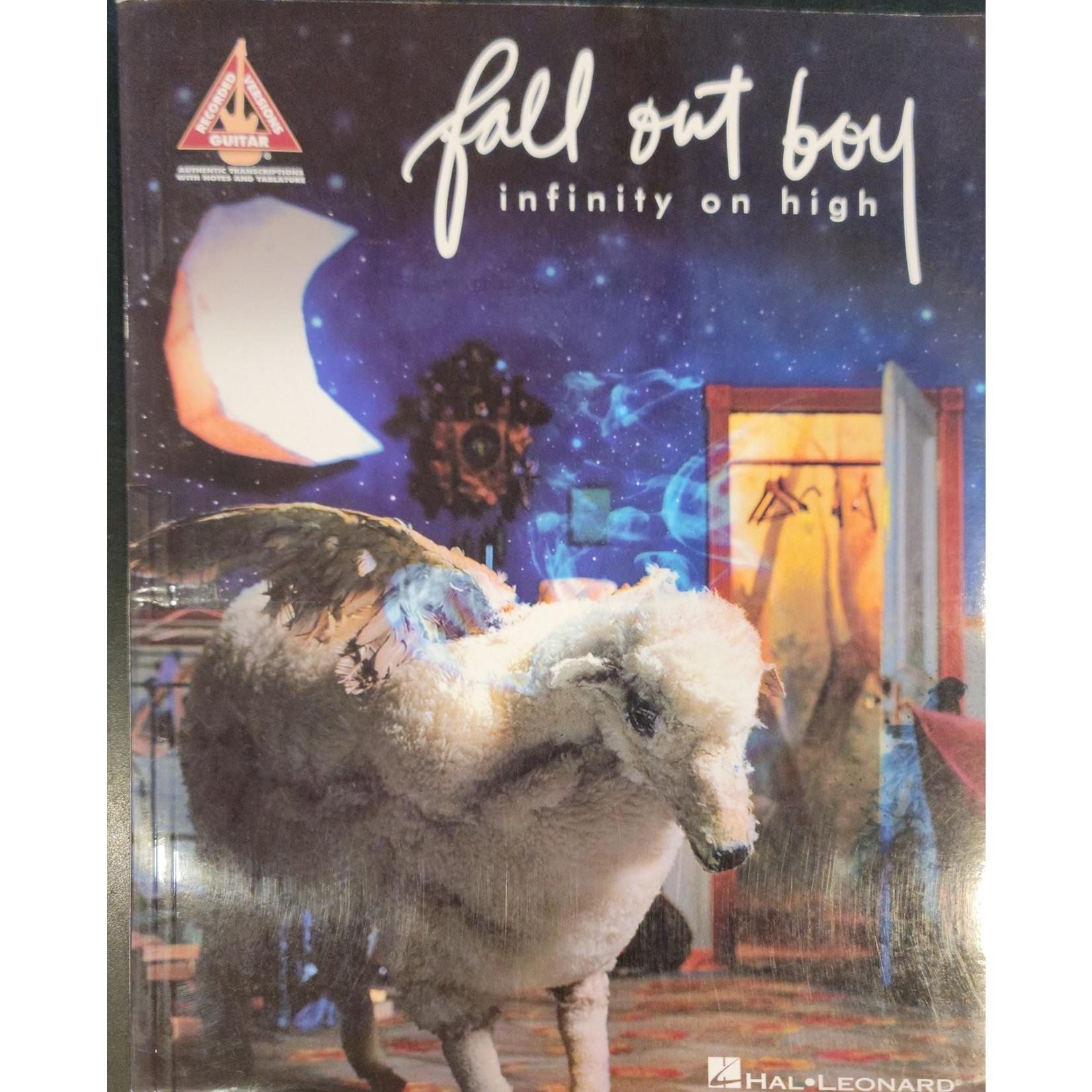 HAL LEONARD LIVRE INFINITY ON HIGH/FALL OUT BOY