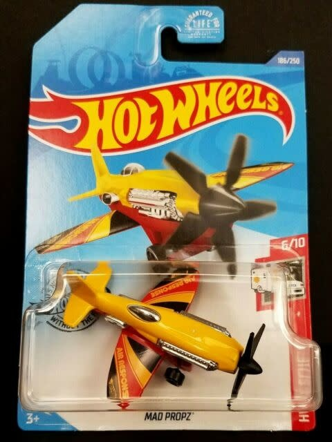 Hot Wheels 186/250   Mad Propz Plane